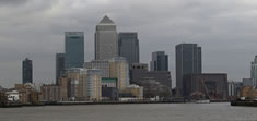 UK banks gain on reform report
